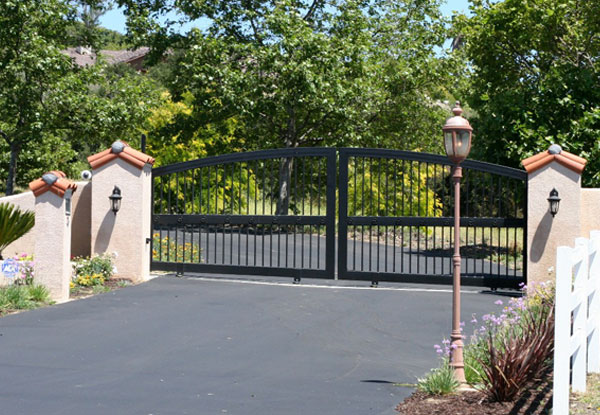 Lake Riverside Sliding Driveway Gate Installation