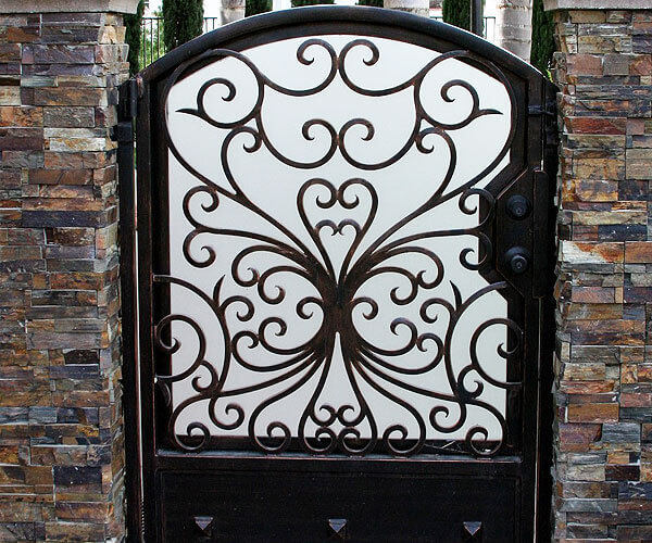 Custom-Built Walkway Gates with Privacy